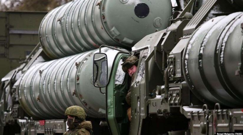 США предупреждают о санкциях против Турции за размещение систем С-400