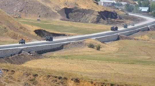 Трое военнослужащих погибли во время перестрелки с террористами ПКК