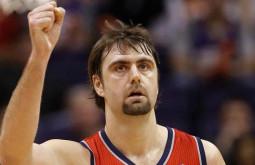 Бывший баскетболист Мехмет Окур станет тренером в NBA