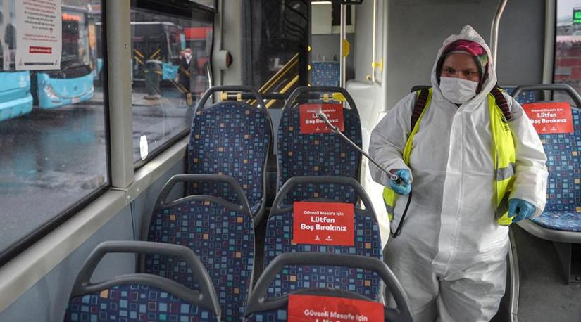 В Турции из-за коронавируса запретили ездить в общественном транспорте стоя