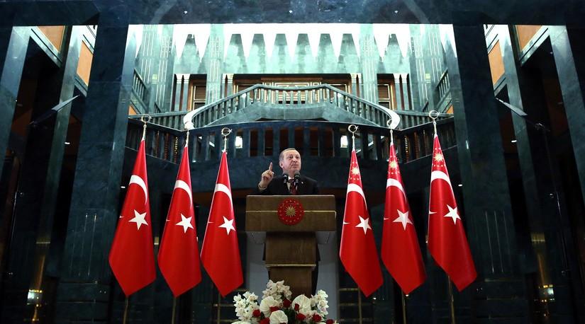 Эрдоган вступит в правящую партию Турции 2 мая