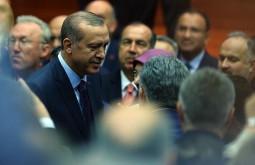 Эрдоган вновь в рядах правящей партии Турции