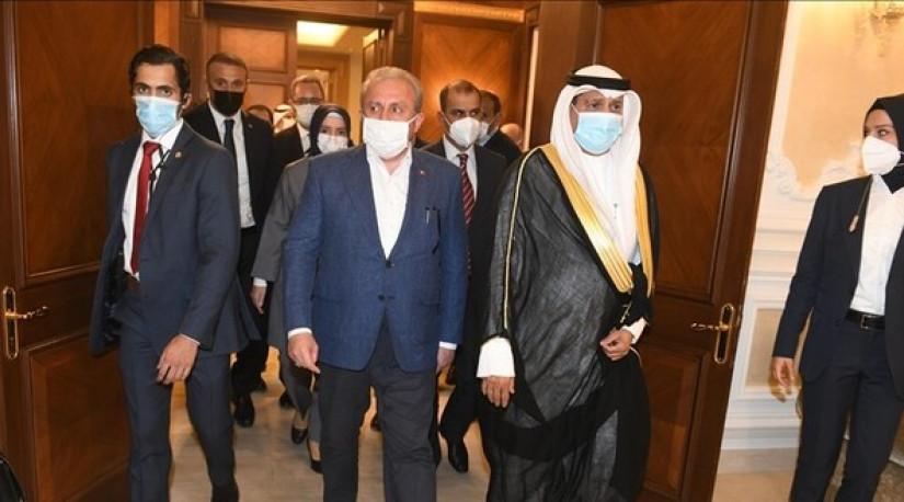 Спикер парламента Турции прибыл в Кувейт