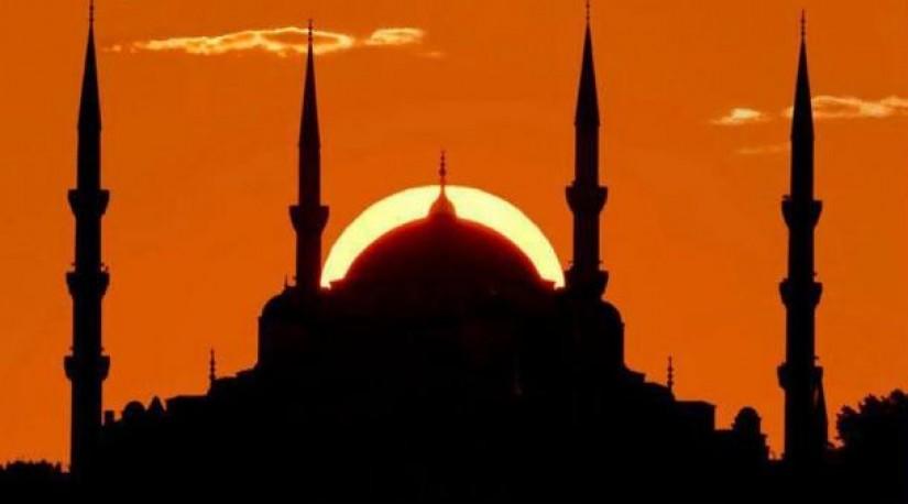 Этой ночью Турция отметит Мевлид Кандили