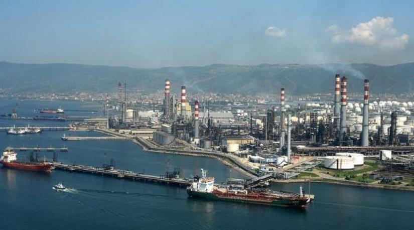 США признали за Турцией право импорта иранском нефти