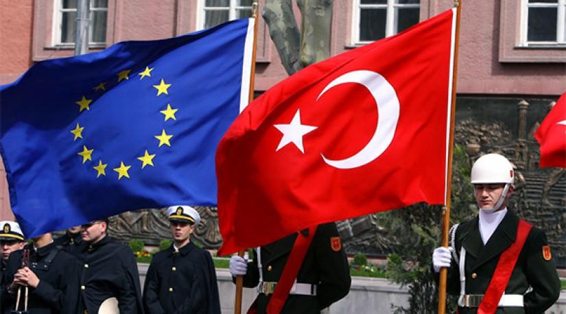 Турция требует саммита, где расскажут об условиях приема в ЕС