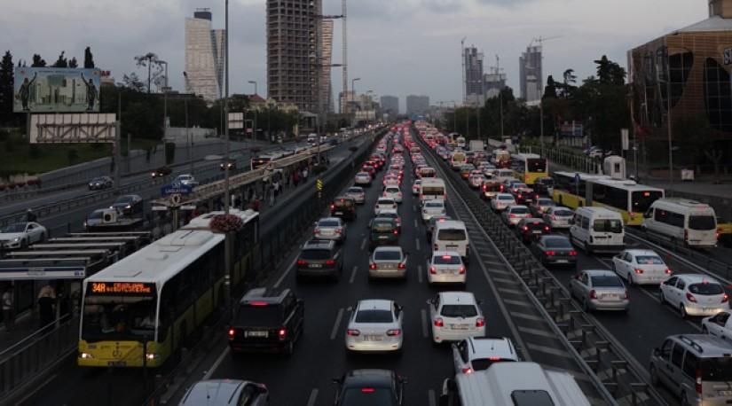 В апреле в Турции сократилось число транспортных средств
