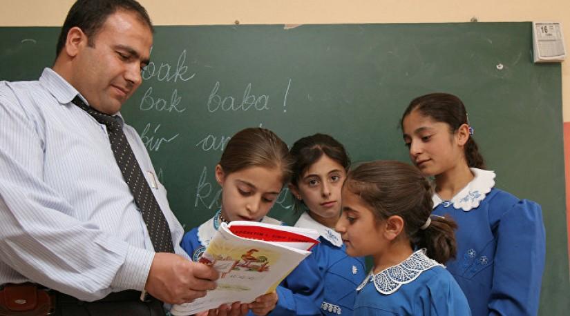 Hürriyet (Турция): по уважению к учителям Турция – на седьмом месте