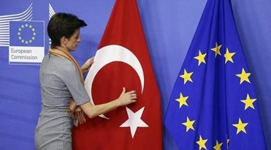 Мнение: туркам надоело, что ЕС годами их