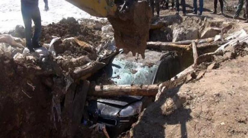 На востоке Турции из-под земли извлекли заминированный автомобиль