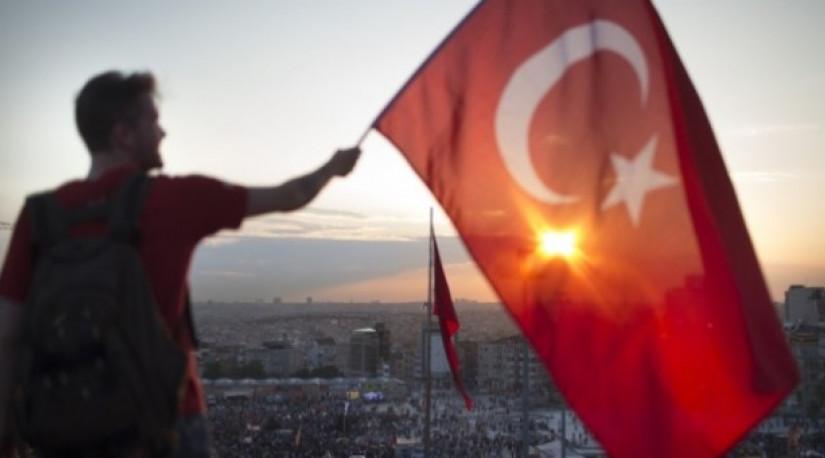 Анкара запретила 100 голландцам турецкого происхождения выезжать из страны