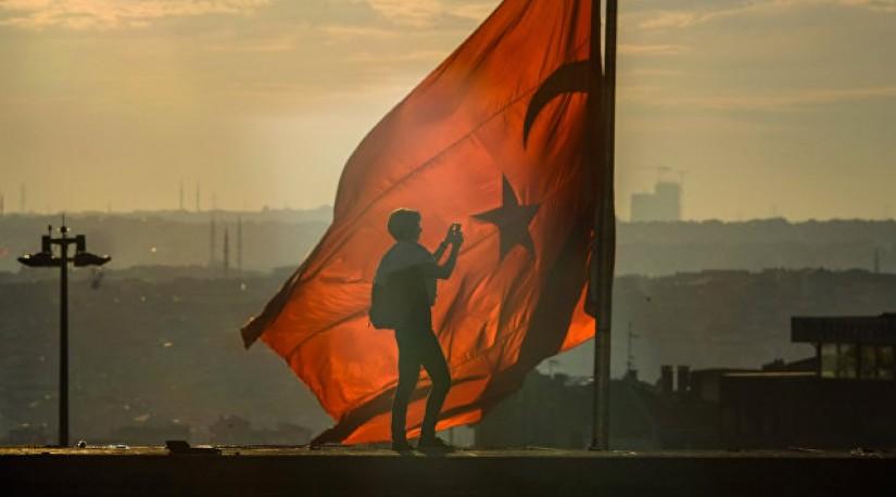 Турция поднимает минимальную зарплату на 15%
